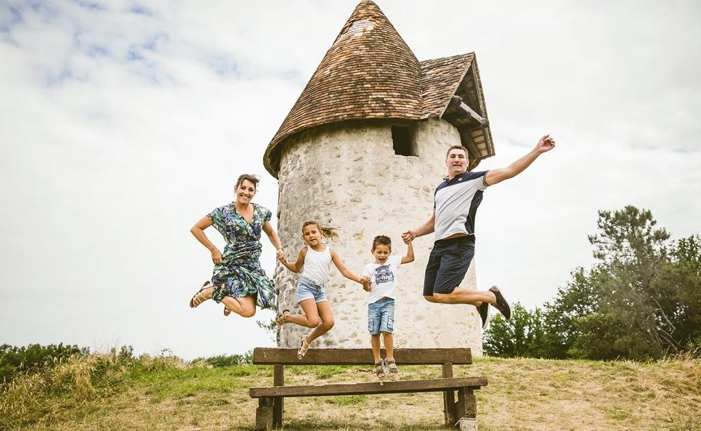 Photographe famille en Dordogne - Loïc Mazalrey